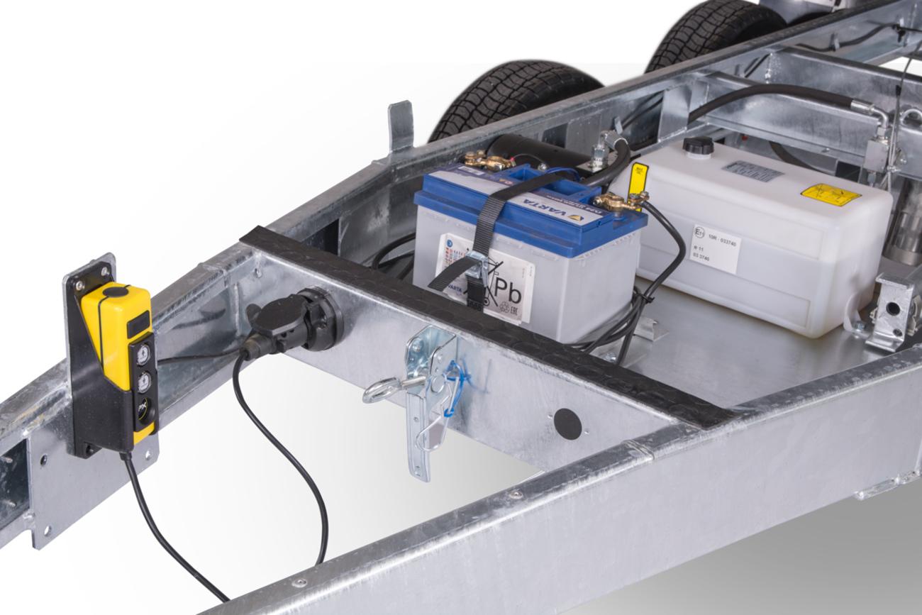 DELTA_B2_2700kg_elektrohydraulika_detail-4_web.jpg